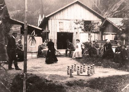 Gäste im Hirschen (Längenfeld) um 1900