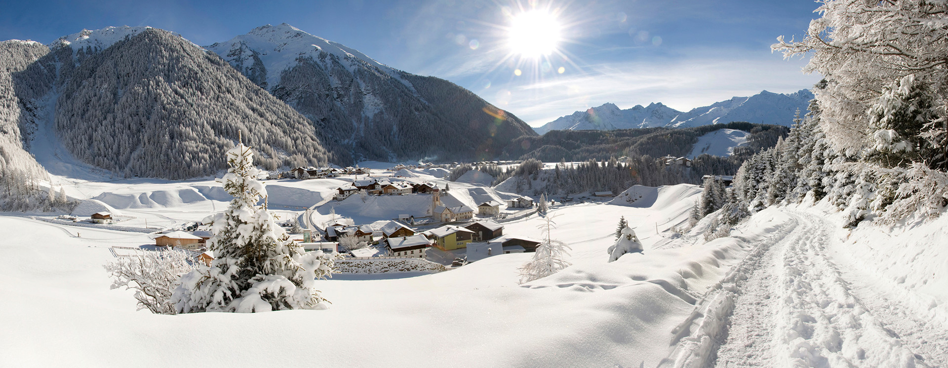 Summerparadise and winterwonderland: Oetzal